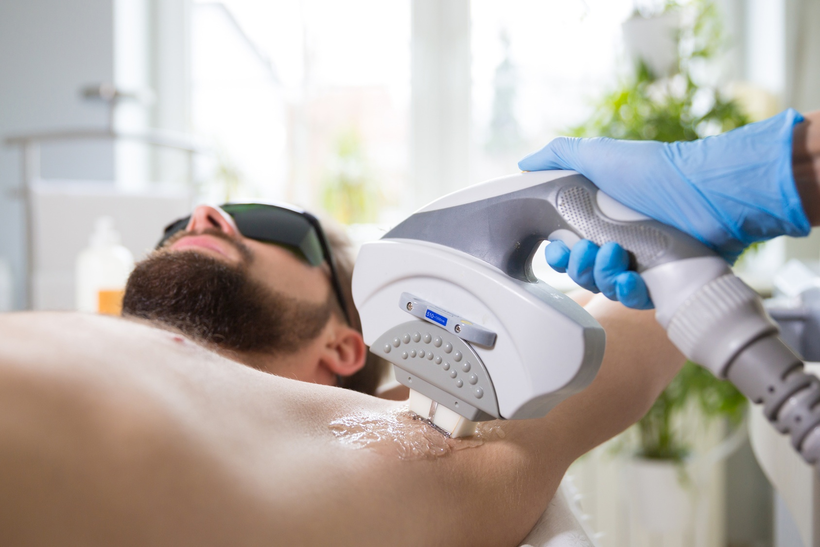 Top 4 Laser Hair Removal Clinics in Dubai for Men | insydo
