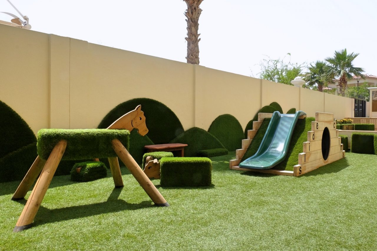 Nurseries in Dubai and Abu Dhabi: Redwood Montessori Nursery
