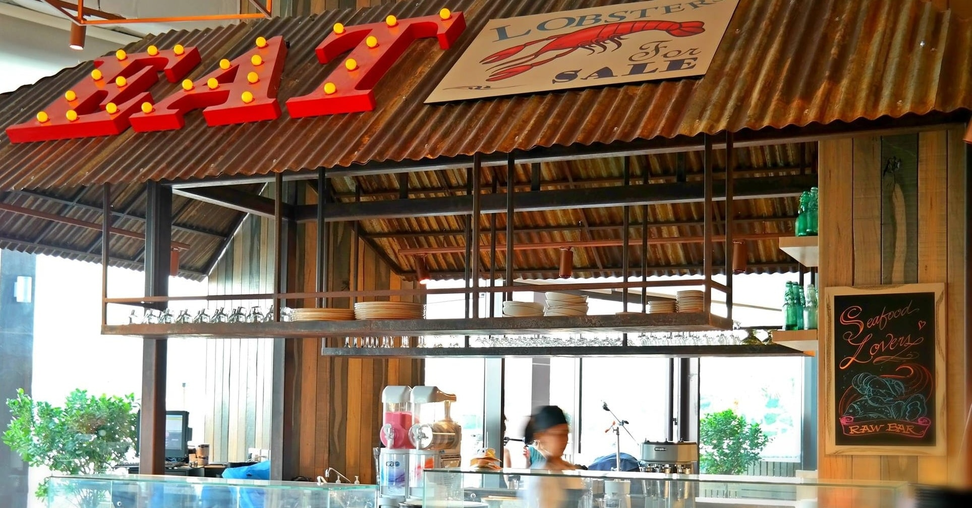 Breeze Beach Grill family friendly restaurants in Dubai