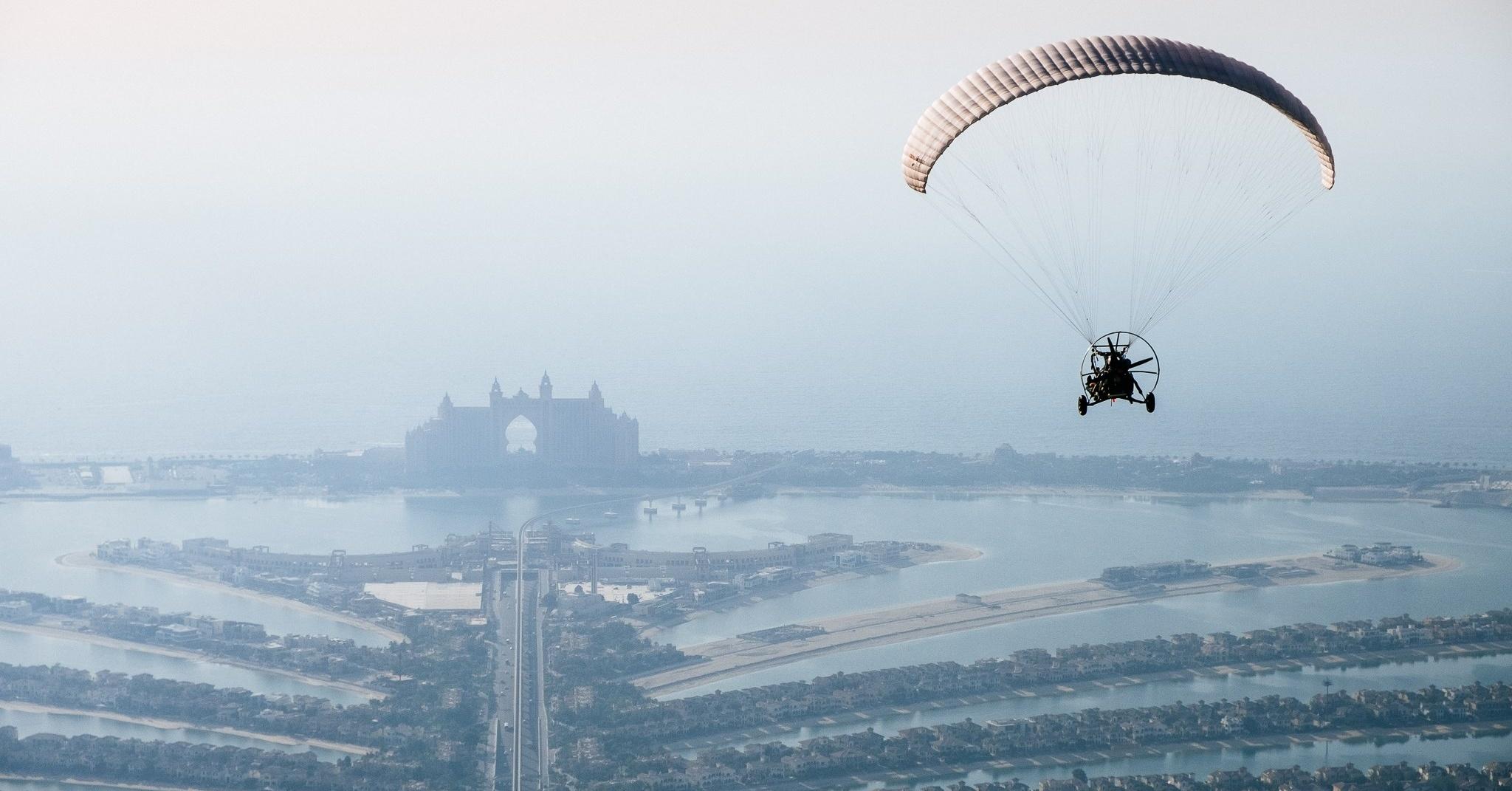 Skyhub paramotor tour in Dubai