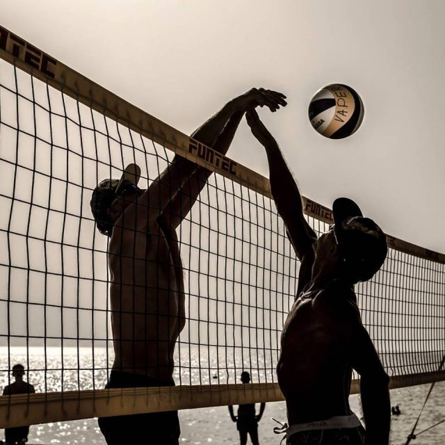 Beach volleyball Kite Beach Dubai