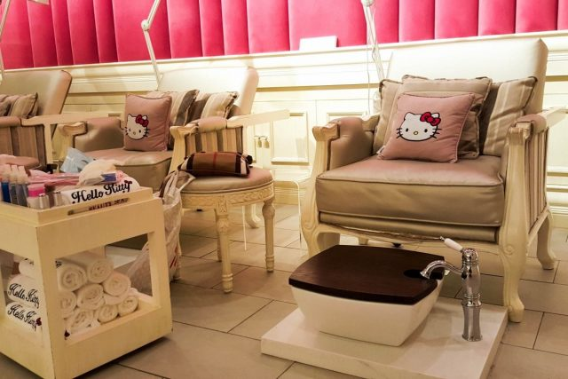 Hello Kitty Spa kids manicure in Dubai
