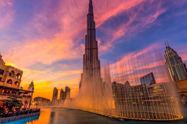 The Dubai Fountains tourist attractions