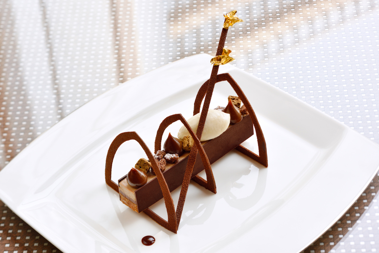 Chocolate cardamon finger with hazelnut cream - Armani/Amal