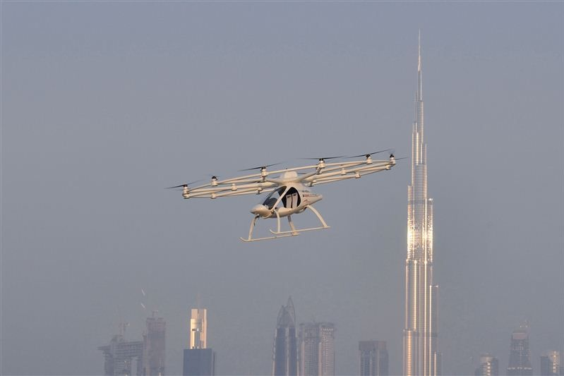 gitex-2017-flying-taxi-dubai-c.jpg