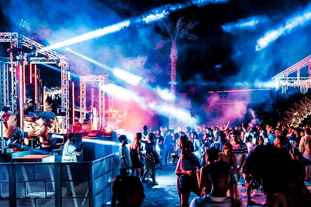 nasimi beach dubai nasimi beach party