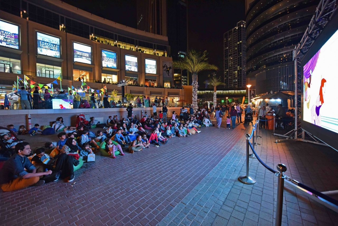 Outdoor cinemas in Dubai - Dubai Marina Mall