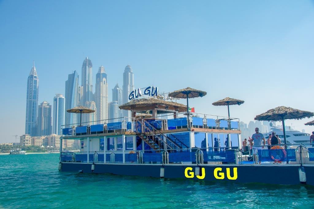yacht-rental-dubai-covv