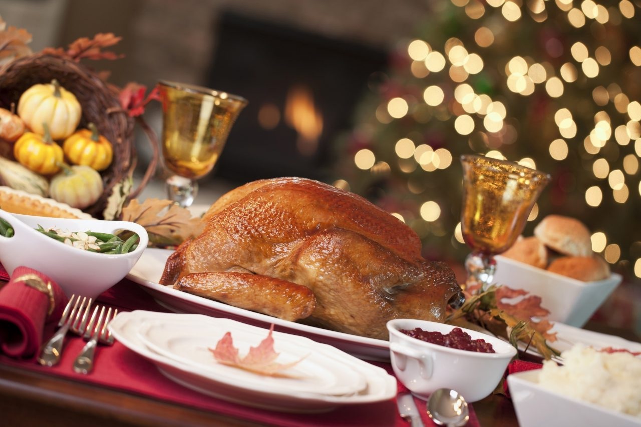 Roast-turkey-takeaway-christmas-dinner-christmas-in-dubai-bayt-palace-downtown Cropped (1)