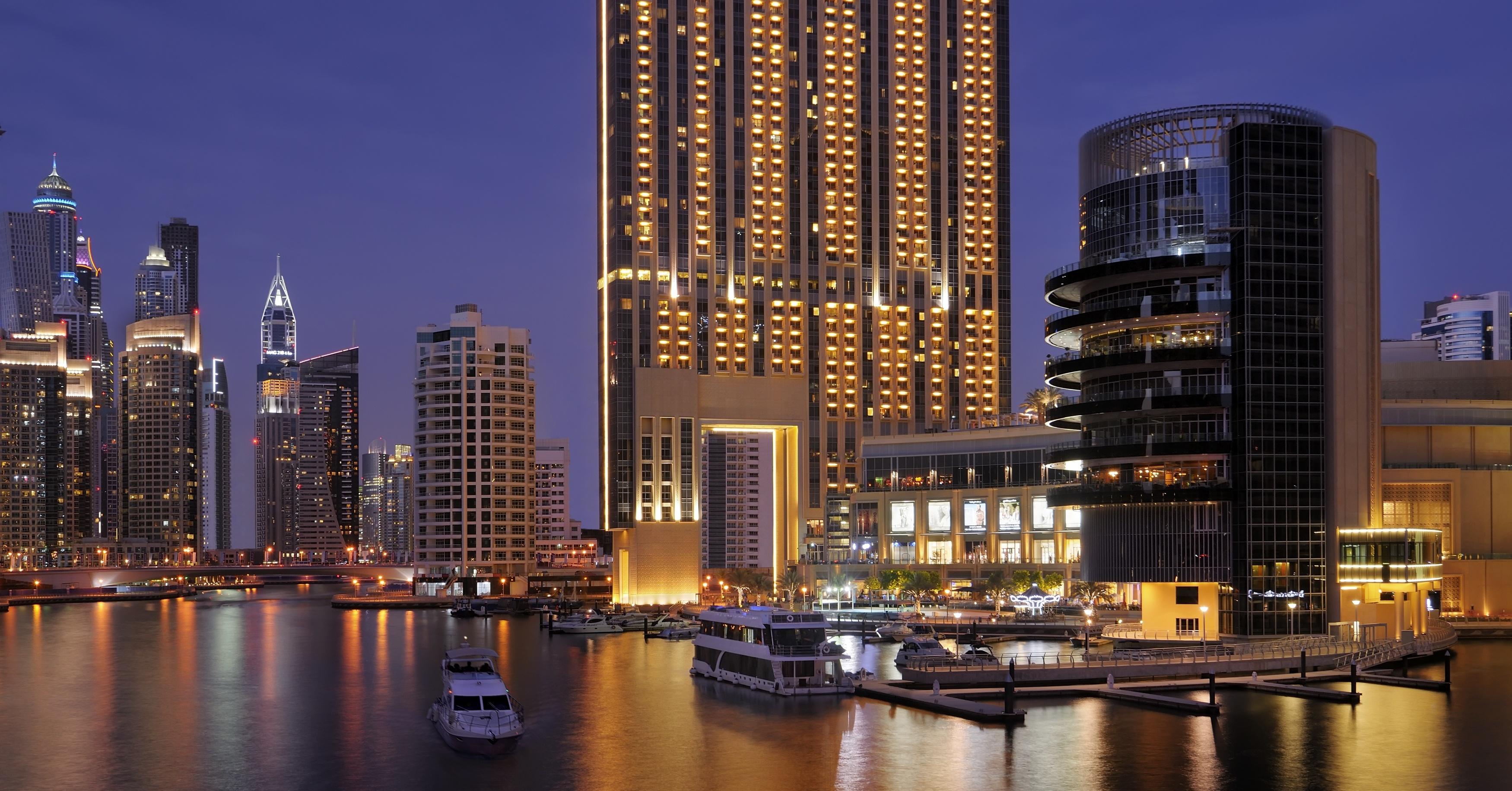 address dubai marina festive listings