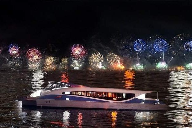 burj-khalifa-fireworks-rta- Cropped