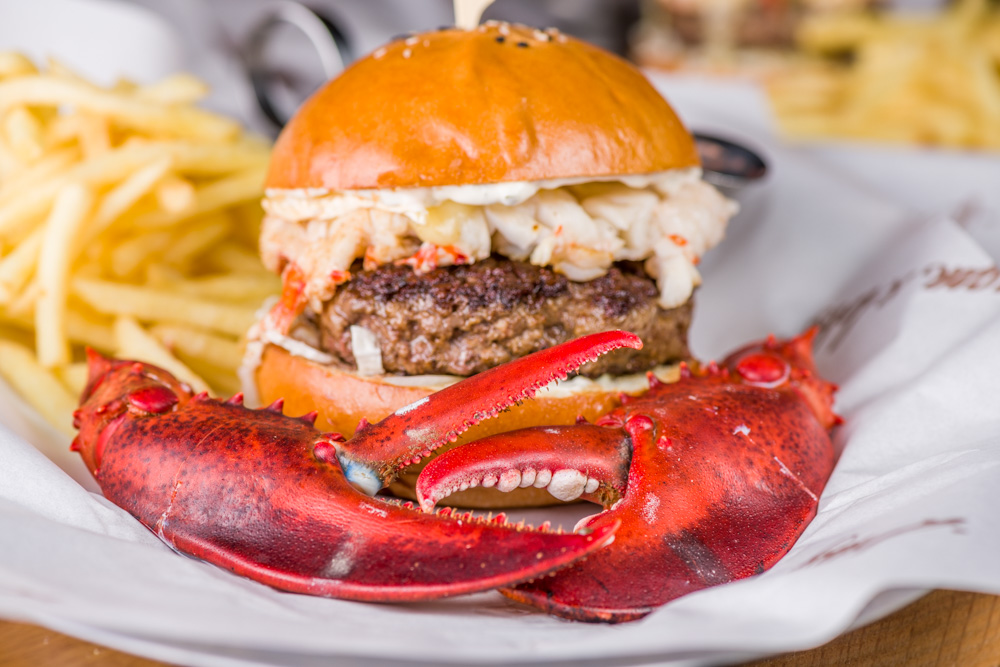 Burgers at Burger and Lobster Dubai