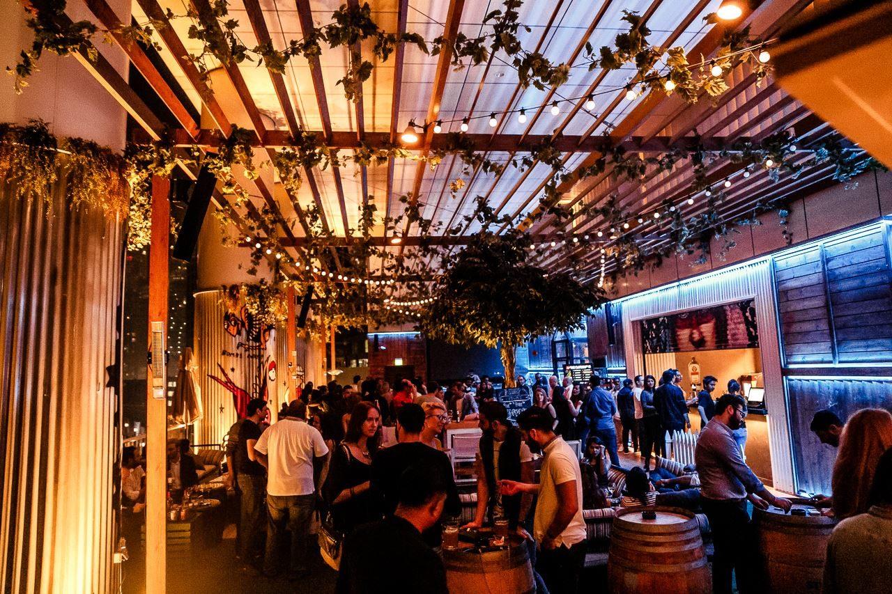 clubs-in-dubai-bars-in-dubai-ddw