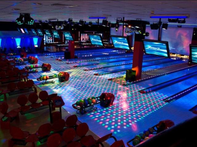 Bowling in Dubai - Switch Bowling Dubai