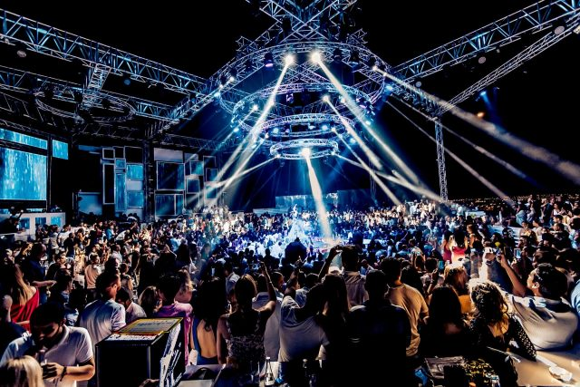 white-dubai-clubs-in-dubai-min
