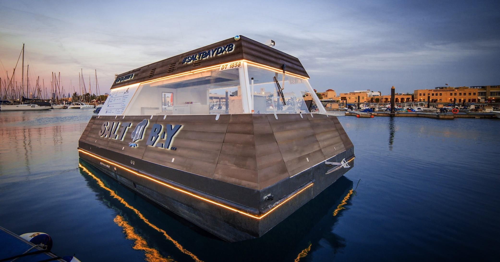 Aqua-Pod-floating-food-truck-dubai-