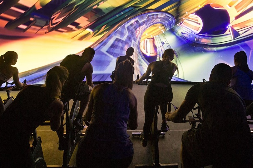 Spinning-classes-Dubai-spin-class-business-bay-les-mills-the-trip-gfx-dubai-2 Cropped (1)