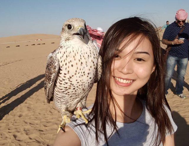 dubai desert safari falcon selfie