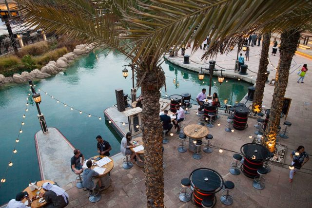 happy-hour-dubai-bars-in-dubai-12