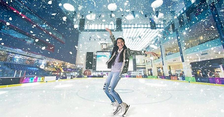 ice skating in dubai ice rink dubai mall Cropped