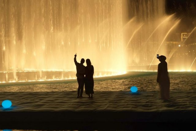 Attractions in Dubai Landmarks - Dubai Fountain Dubai Mall