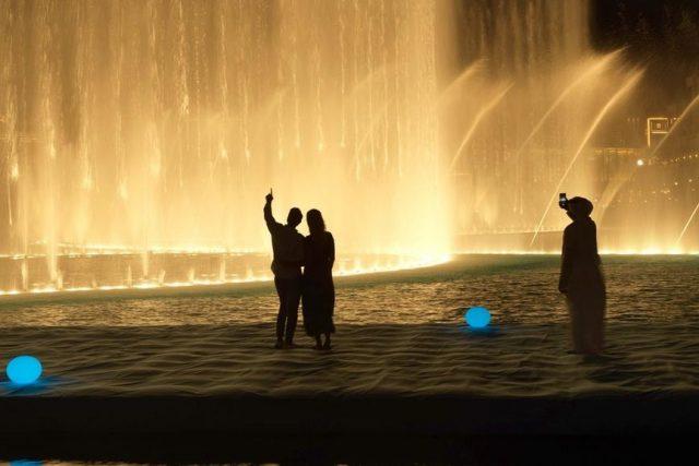 Attractions in Dubai Landmarks - Dubai Fountain Dubai Mall