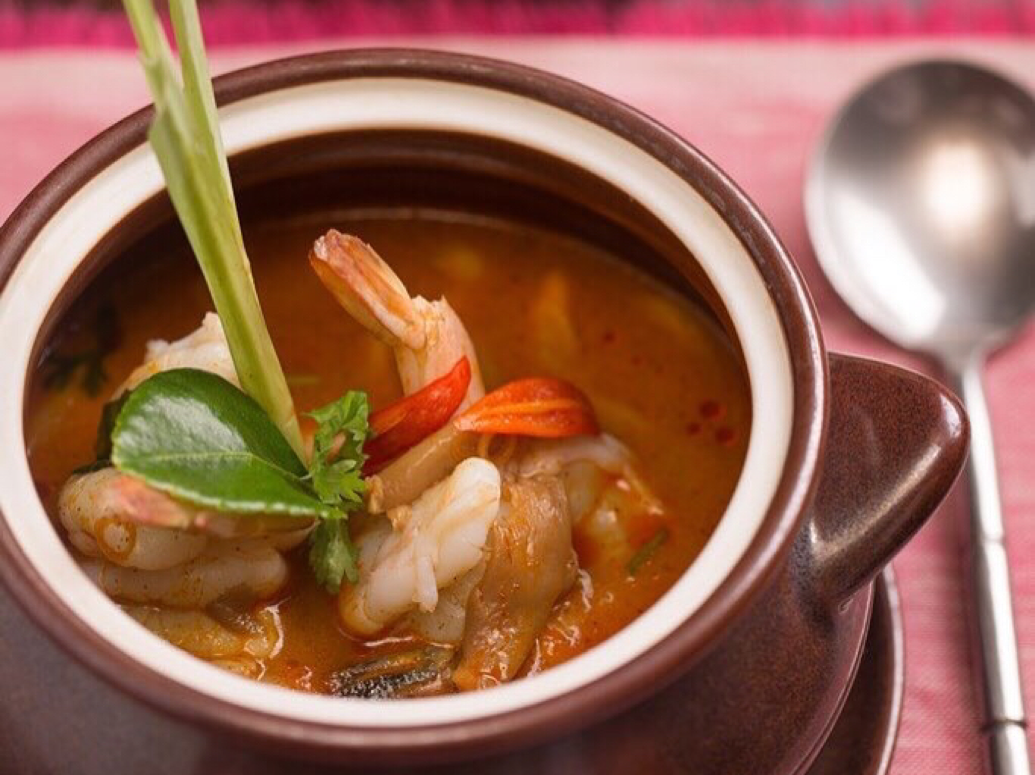 Tom Yum Soup Pai Thai Dubai