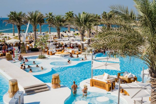 swimming-pool-in-dubai-beach-club-dubai-ladies-day-1ddcover