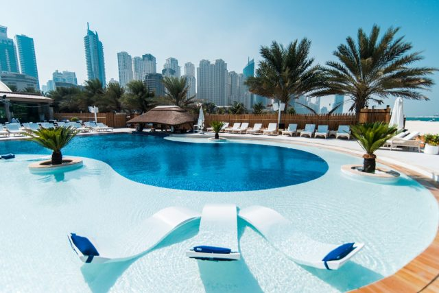 swimming-pool-in-dubai-beach-club-dubai-ladies-day-1ddcoverd Cropped