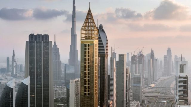 world's-tallest-hotel--Hotel-Dubai-Pictures