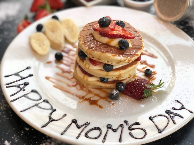 UAE Mother's Day in Dubai - Eggspectation JBR Dubai
