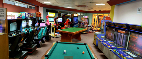 Bowling in Dubai - Gaming Arcade Al Nasr Leisureland