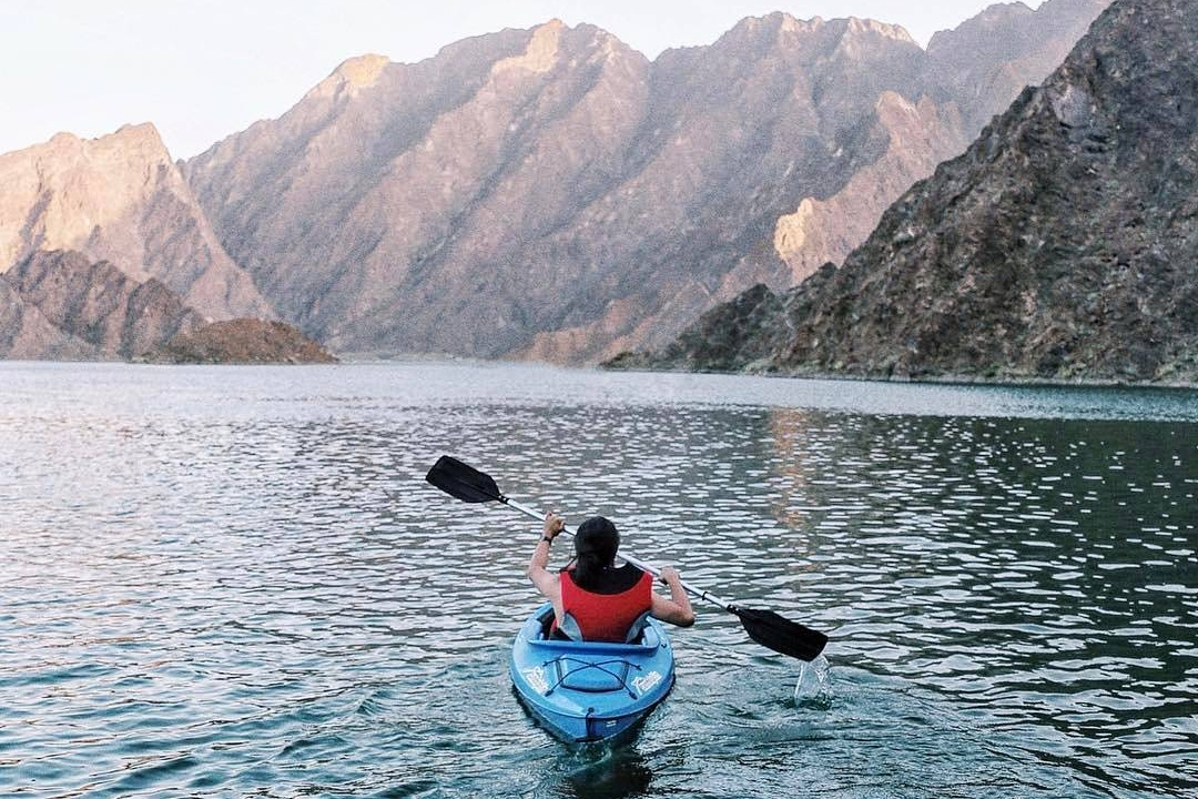 dubai adventures - kayaking at hatt dam thatguynamedpatrick