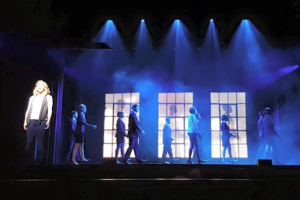 ghost-the-musical-dubai-opera-d