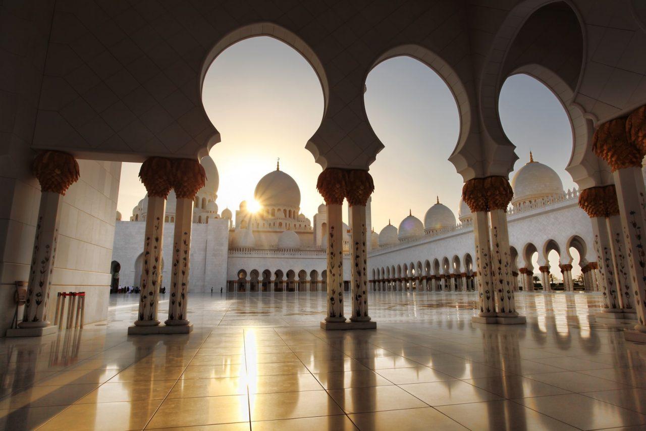 ramadan-in-dubai-ramadan-2018-ramadan-dates--min Cropped (2)
