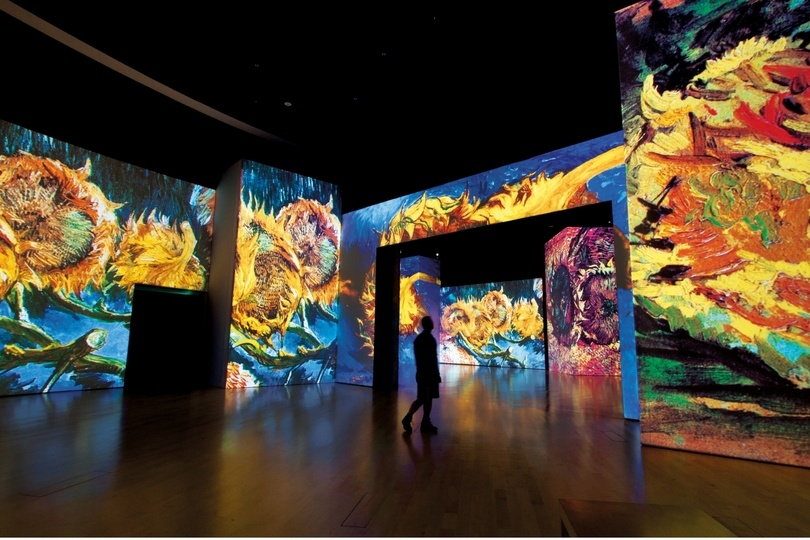 things to do in dubai this weekend van gogh alive exhibition Cropped (1)