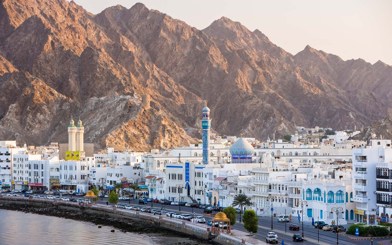 Travel from Dubai to Oman