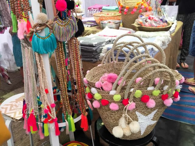free things to do in dubai marina street market