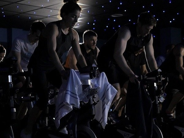 spin classes in dubai for a full body workout - the platform dubai