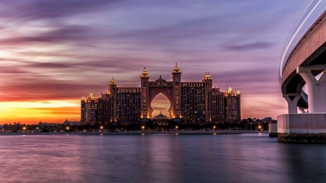 best view of iconic dubai landmarks - atlantis the palm