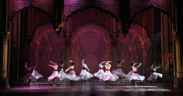 bollywood-dubai-theater-ductac-mughal-e-azam-5-min.jpgddd-min