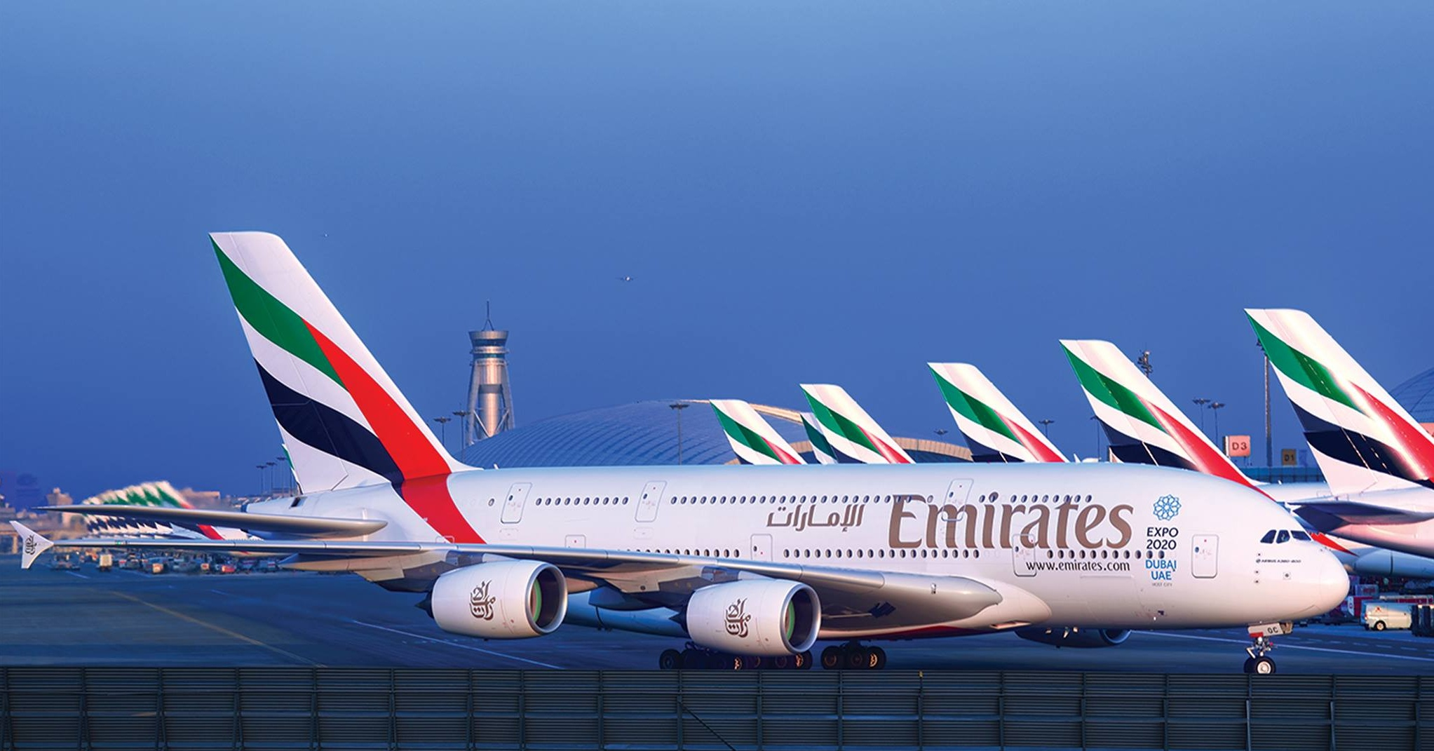 emirates-airline-emirates-premium-economy- Cropped