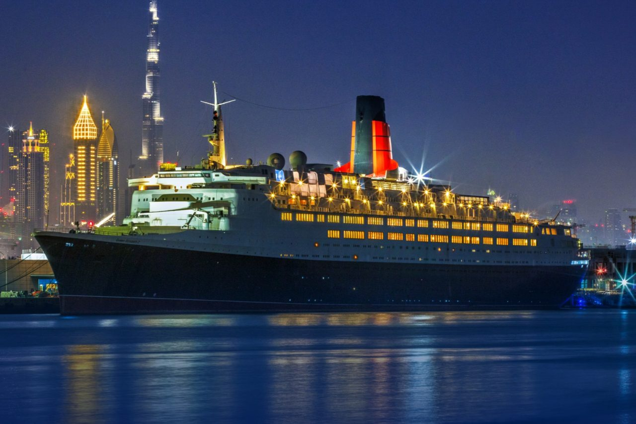 queen-elizabeth-2-ship-cruise-ship-qe2-