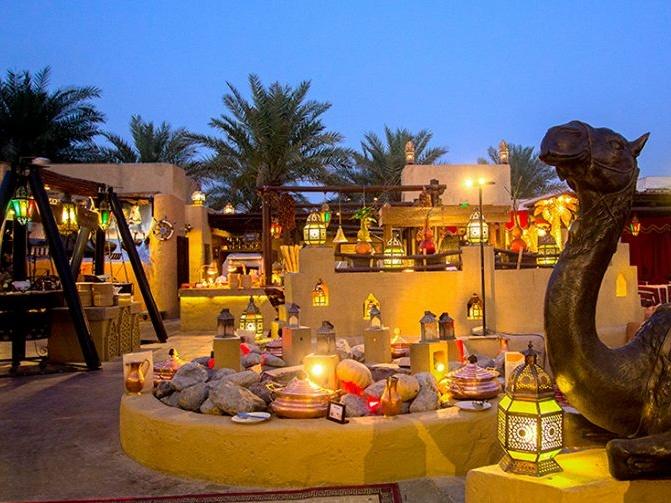 Dine in the desert atAl Hadheerah at Bab Al Shams