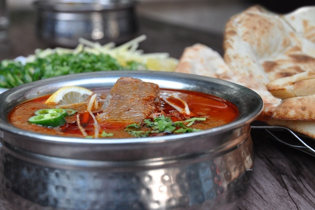 b&b cricket bar - best pakistani restaurants in dubai - nihari in dubai Cropped (2)