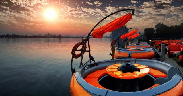 Dine on a BBQ Donut at Dubai Creek