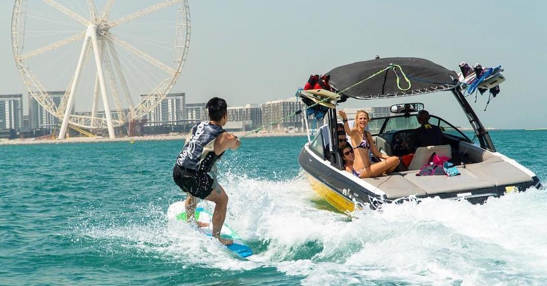 water sports in dubai - wakeboarding in dubai xtreme wake uae