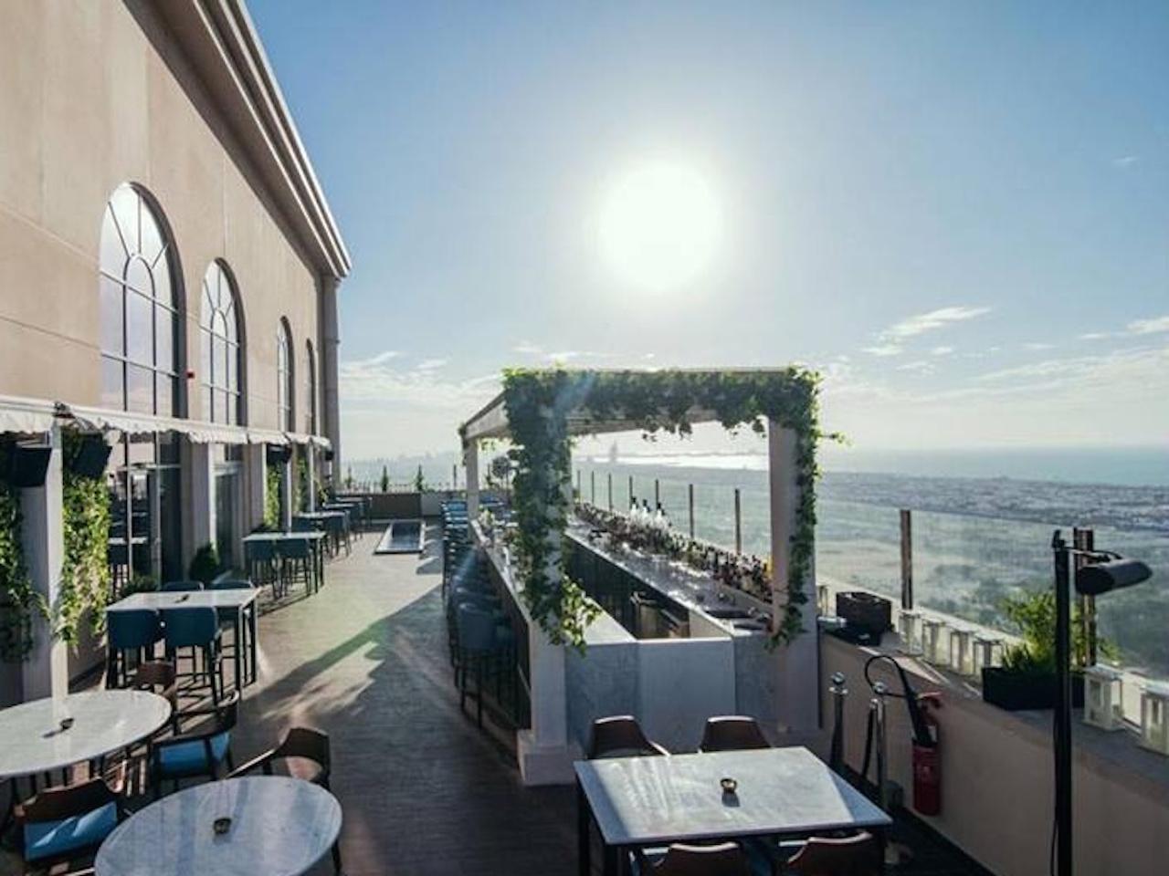Babiole rooftop restaurant in Dubai