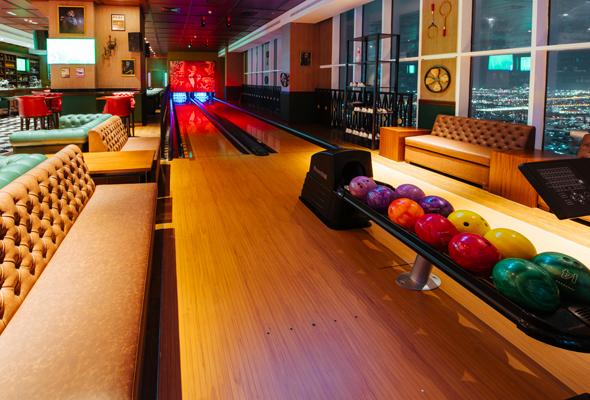 bowling alleys in dubai the 44 dubai - bowling in dubai 2