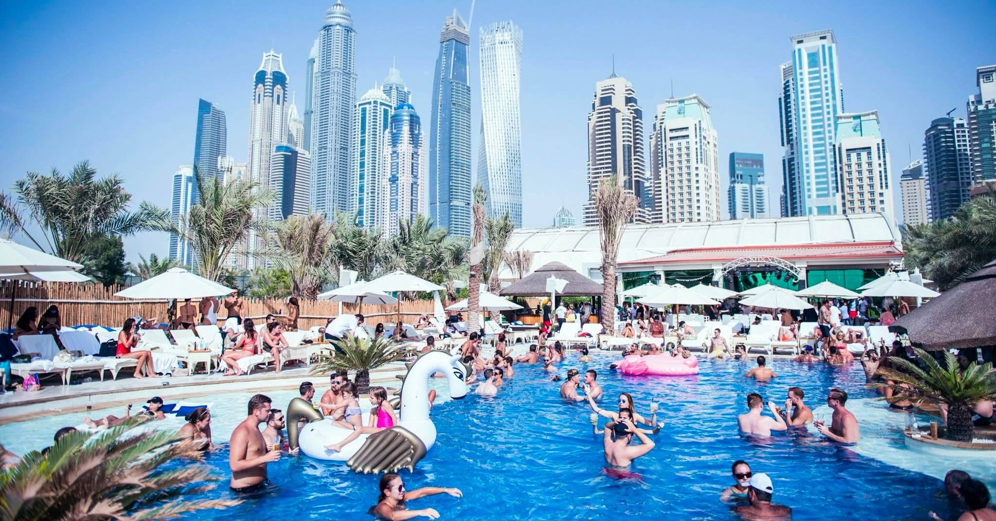 ladies-day-dubai-beach-clubs-ed-Cropped-1-min-1